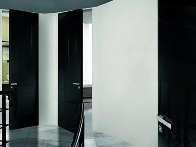Drzwi ukryte do sufitu lakierowane