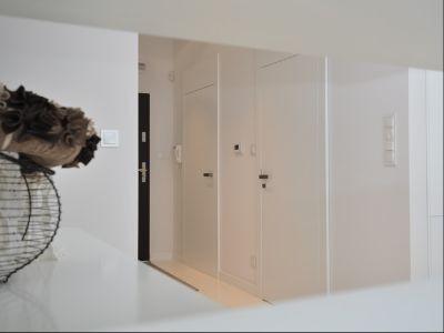 Drzwi wewnętrzne białe z blędą