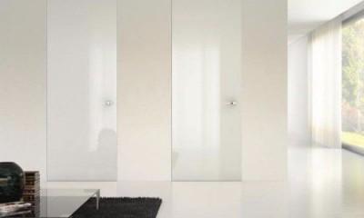 Drzwi  wysokie do sufitu lakierowane na połysk