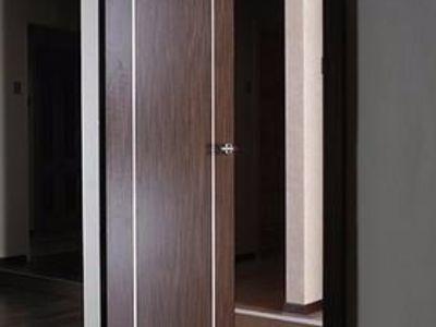 Drzwi przesuwno-obrotowe fornirowane Ergon