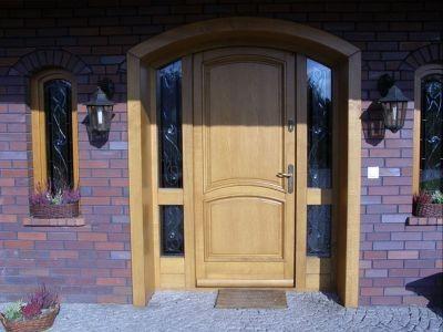 Drzwi zewnętrzne drewniane 1