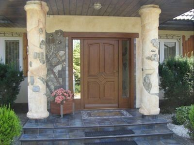 Drzwi zewnętrzne drewniane z naświetlami 2