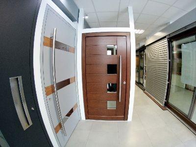 Drzwi zewnętrzne płycinowe TOP Design P18